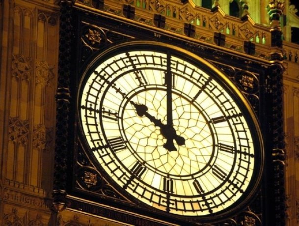 Big Ben - the biggest clock to  change?