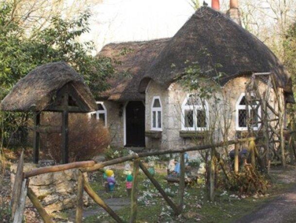 New build hobbit home
