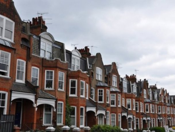London property sellers now getting close to asking price