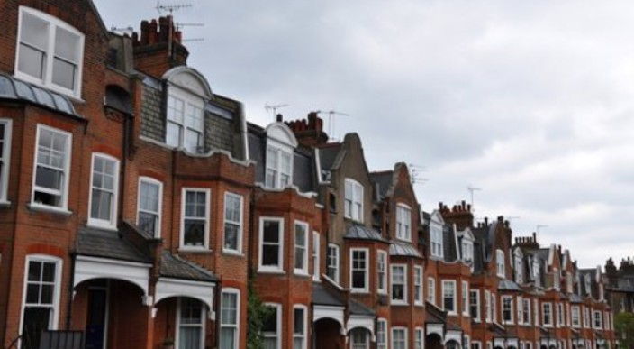 London property sellers now getting close to asking price photo 1
