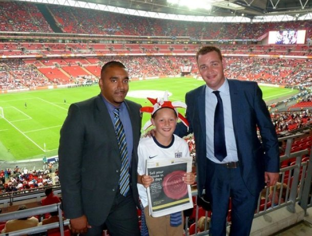 ludlowthompson's director of sales Paul Gray and sales manager Tony Varghese promoting the 30 day offer at Wembley Stadium