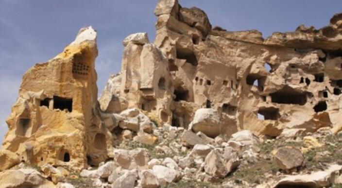 Yabba-dabba do! Amazing Flintstones-inspired home photo 1