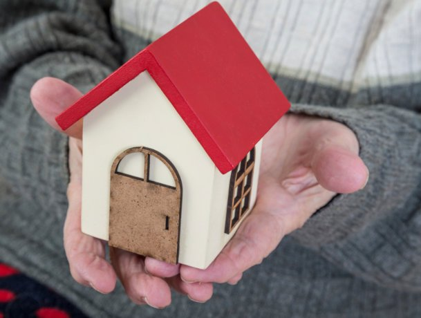 Record numbers of home buyers using the Help to Buy Scheme