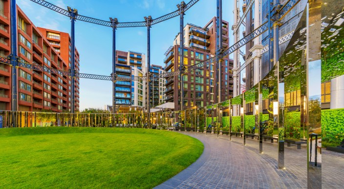 London property remains resilient despite 2017 headwinds photo 1