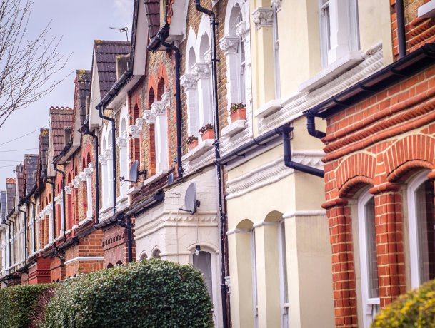 Mortgage activity robust as buyers and owners look to stay ahead of any interest rate rises
