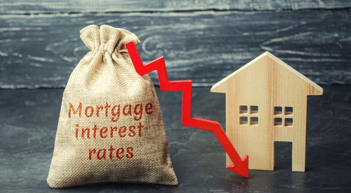 Sharp drop in buy-to-let mortgage costs  photo 1