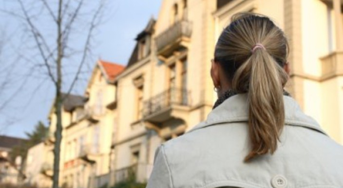 Guide to buying property: first-time buyer advice photo 1