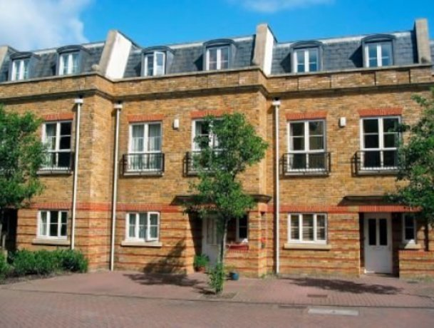 Average house price remains stable
