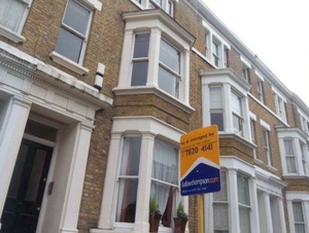 11,000 people rent/let with LONDON'S LETTING AGENT