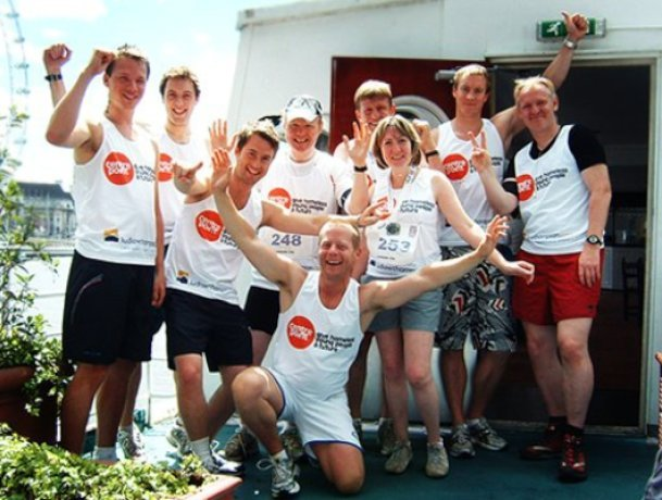 ludlowthompson run for Centrepoint charity