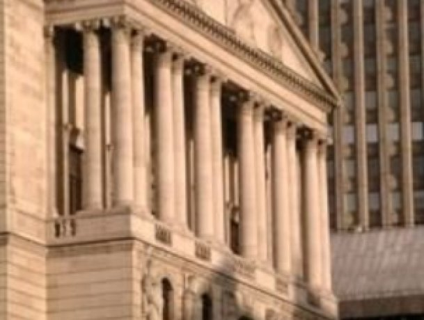 Pressure for BoE to cut interest rates