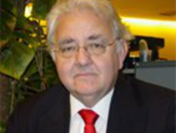 Anthony Mayer, new chairperson of Oftenant